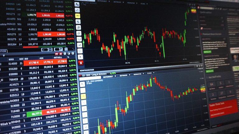 公務員が副業の株式投資で信用取引をできる?